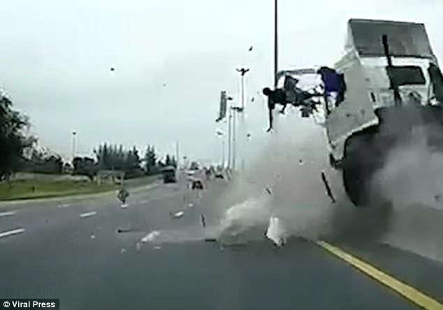 dashcam captures man thrown from truck